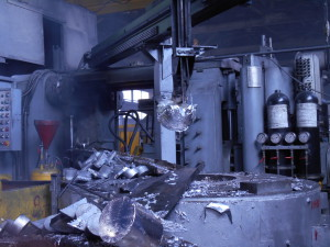 литейное производство - автоматический заливщик